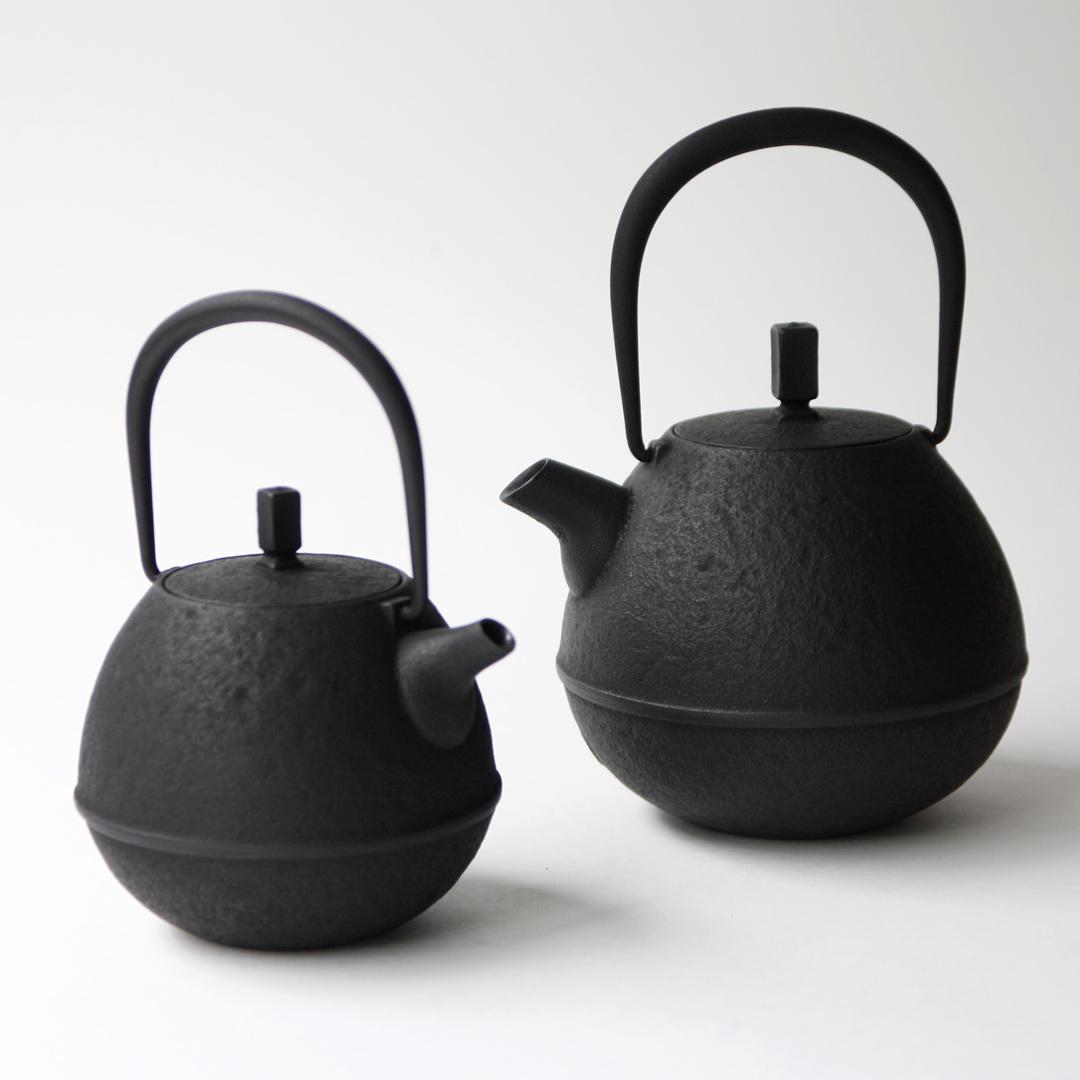 空間鋳造 鉄急須 Egg 黒